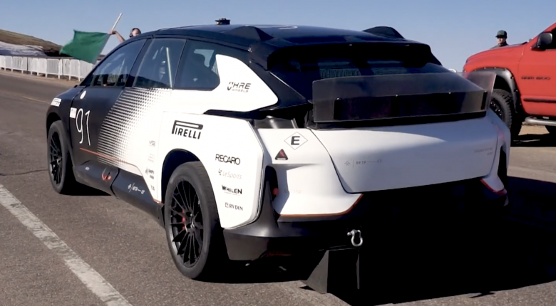 [VIDEO: Tech Tour] 1050HP, 0-60 in 2.39 seconds, 317 mile range, all in 1st gear! | Faraday Future FF91
